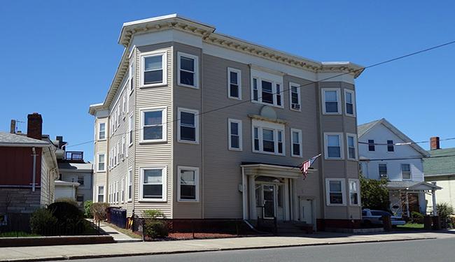 76 Norwood St, Everett, MA 02149